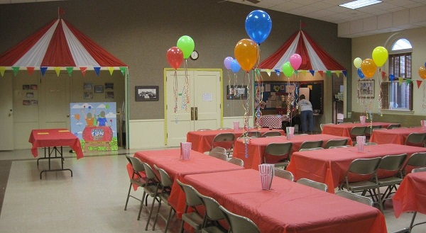 Kindergarden Classroom Decorated With Balloons For Carnival Party